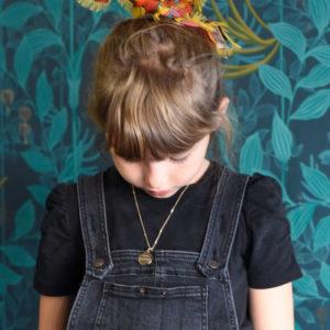 Collier enfant Numéro Une et L'Atelier plume