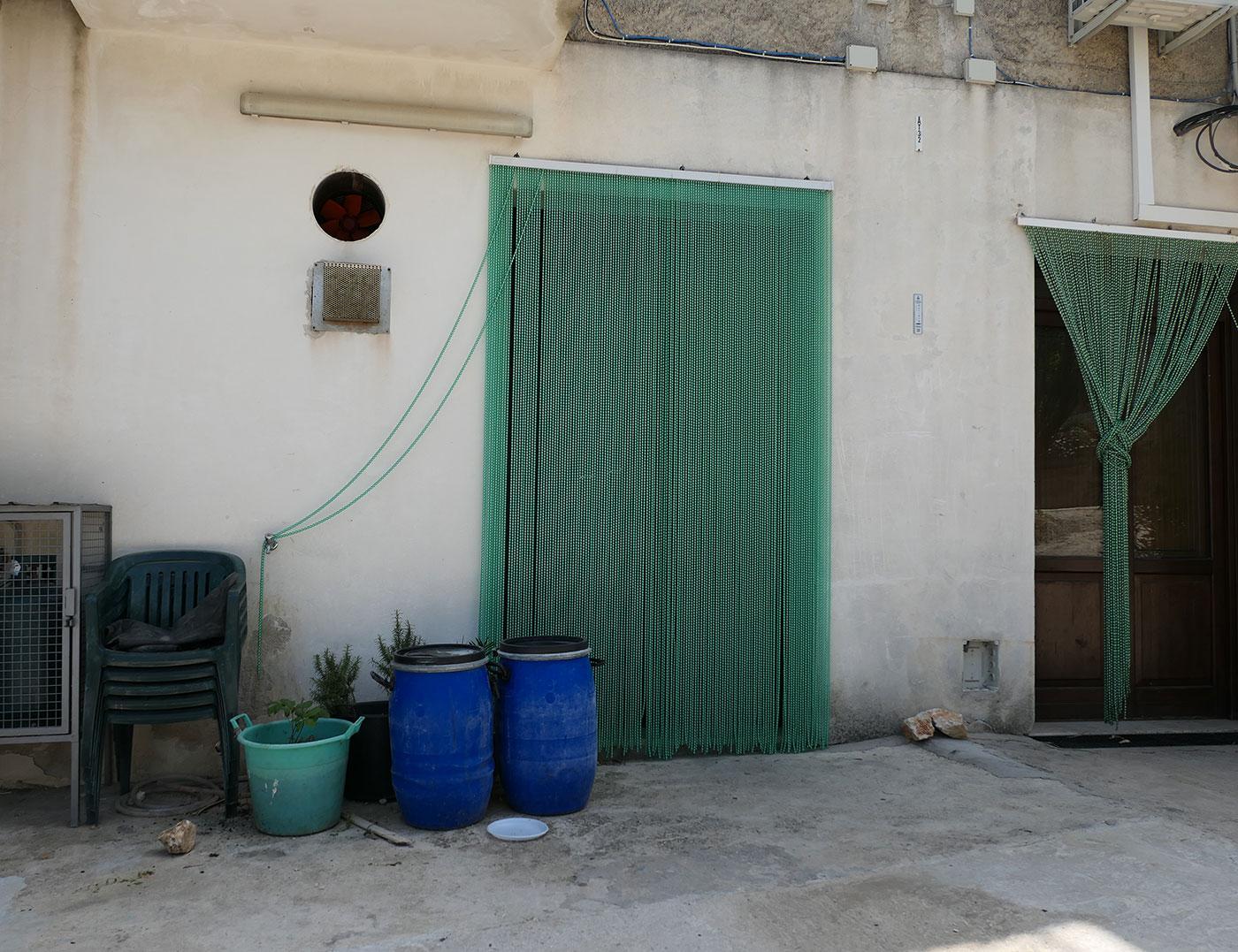 Facade de maison-Village Scopello- Crédit Numéro Une