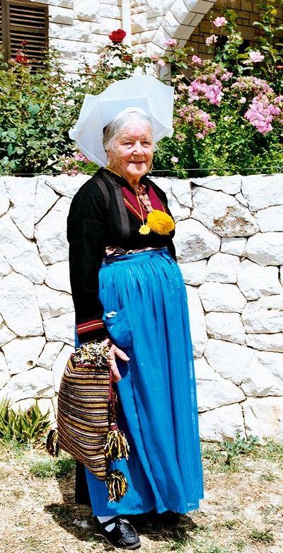 Mrs Ane Marnic from the village of Dubravka in Konavle, south of Dubrovnik-Pinterest-DR